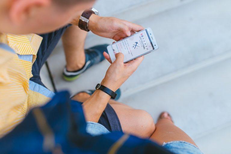 """""""Stille SMS"""" – wenn der Staat weiß wo du bist"""